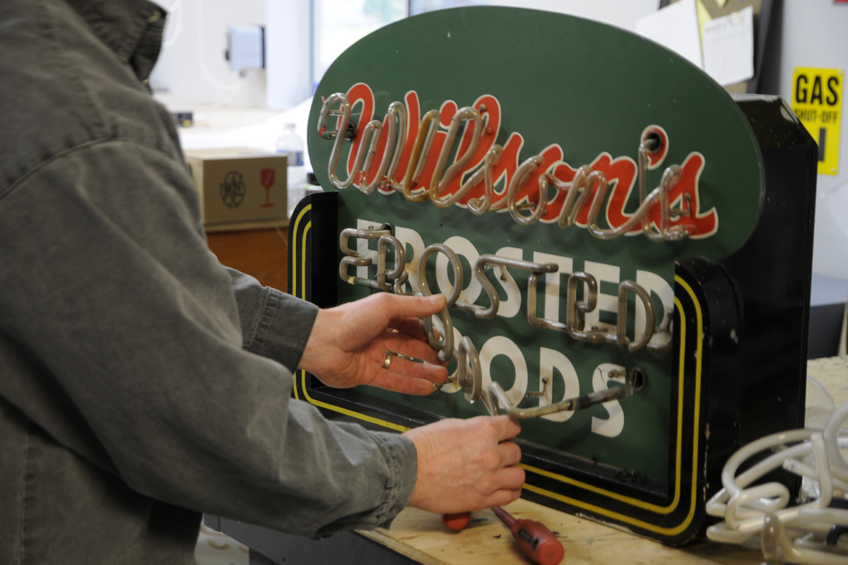 Wilsons Frosted Foods Neon Restoration