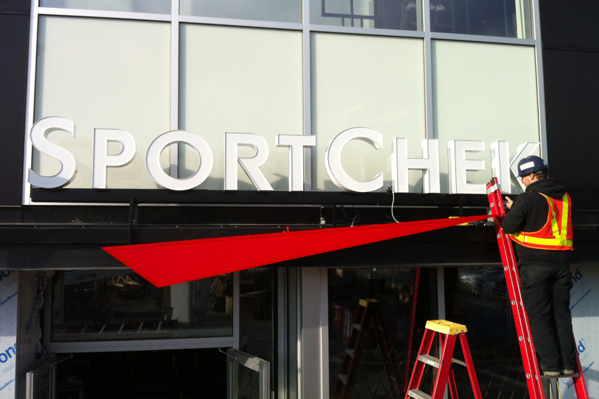 Sport  Chek Exterior Channel Install 01
